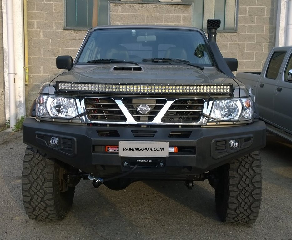 HEAVY DUTY - FRONT WINCH BUMPER NISSAN PATROL GR Y61 + FOG LIGHTS