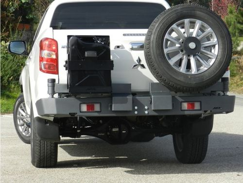 AFN - REAR BUMPER TIRE CARRIER AND JERRYCAN HOLDER MITSUBISHI L200 2015>