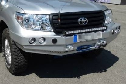 HEAVY DUTY - FRONT WINCH BUMPER TOYOTA LAND CRUISER 200 FROM 2007
